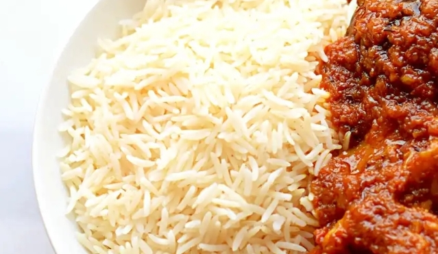 White rice and stew (No beef) -MamaO - Order Food Online. Explore popular  cuisines